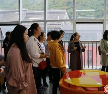 汉源县技能人才培训班一行到市群团中心参访交流